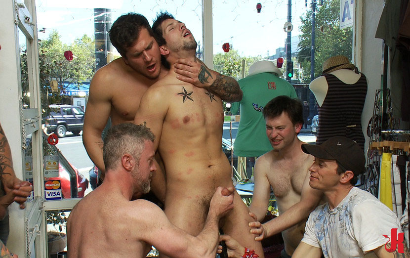 Filthy dudes enjoys outdoor gay fucking